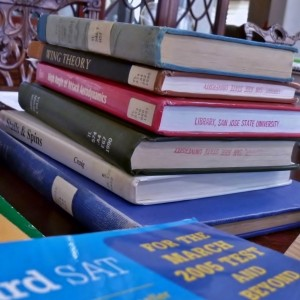Time to hit the books again! (Photo by Stacey Huang)